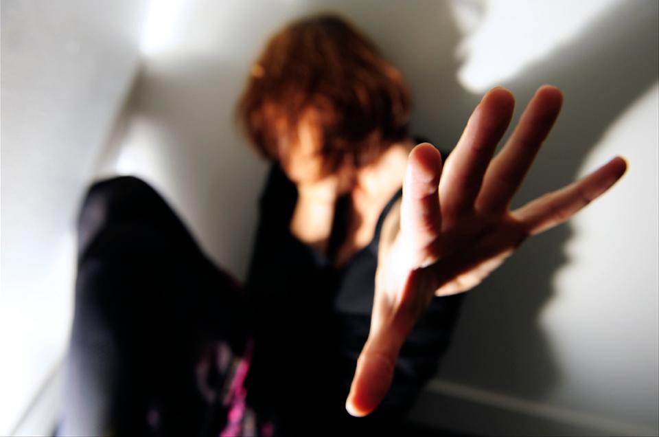 violence women EP