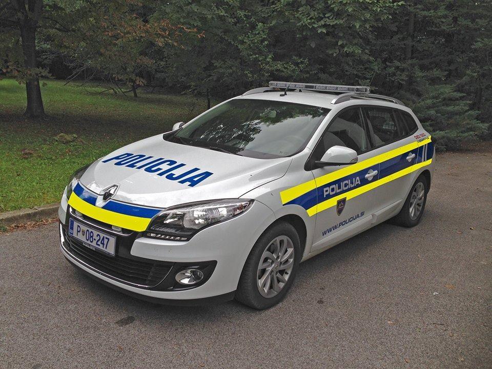Slovenska_policija