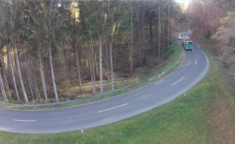 Desna krivina v km 8,730 (zračni posnetek). Foto: DRSI