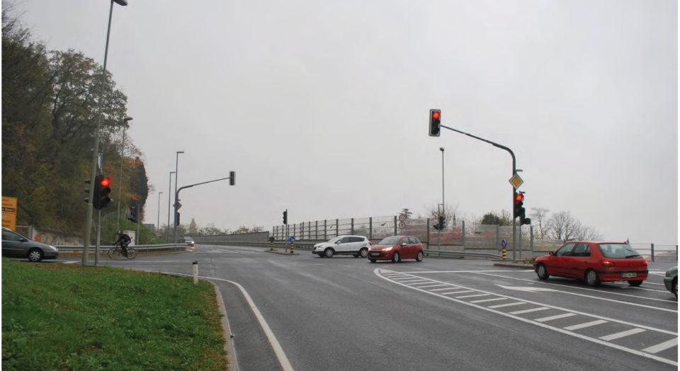 Pogled na križišče z odseka Plave - Solkan. Foto: DRSI