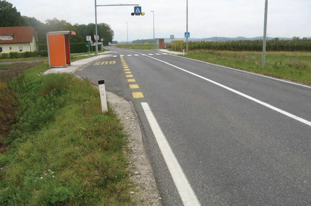 Pogled na potek ceste v nasprotni smeri stacionaže. Foto: DRSI