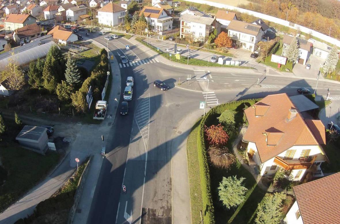 Zračni posnetek trikrakega križišča. Foto: DRSI
