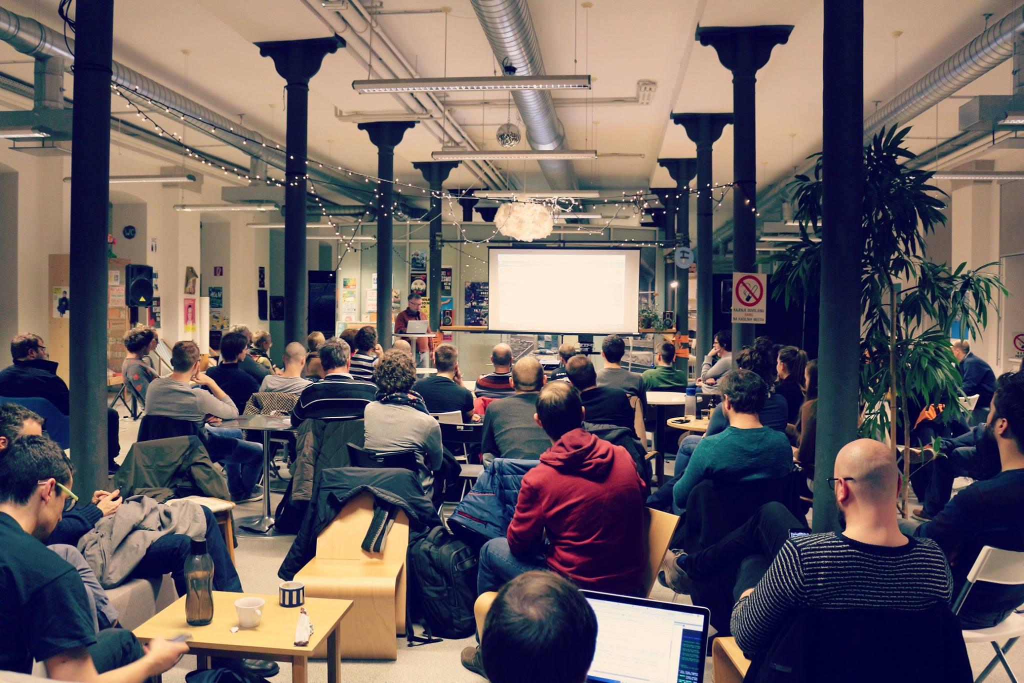 Decembrsko Open data srečanje.